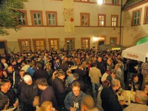 Vor allem in und um Bamberg haben die alljährlichen Bockbieranstiche eine lange und sagenumwobene Tradition, aber auch der Rest Frankens weiß mit seinem besonderen Gerstensaft zu überzeugen.