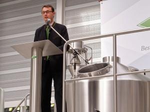 Werner Gloßner von den Privaten Brauereien Bayern betonte die wichtige Rolle von Kaspar Schulz als Innovationsmotor der Bierbranche.