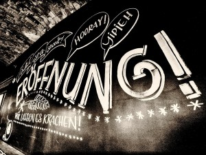 """Das """"Liebesbier"""" in Bayreuth feiert seine Eröffnung."""
