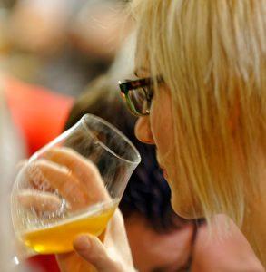 Bier-Tasting in all seine Facetten bei der Bier-Genuss-Lesung im Hübscher Bamberg.